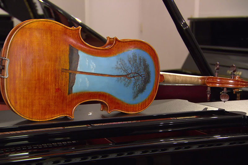 Geige aus Tsunami-Holz
