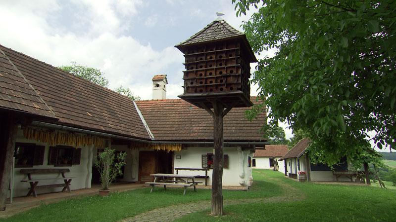 Inštalacija Ericha Novoszela u Gerersdorfu