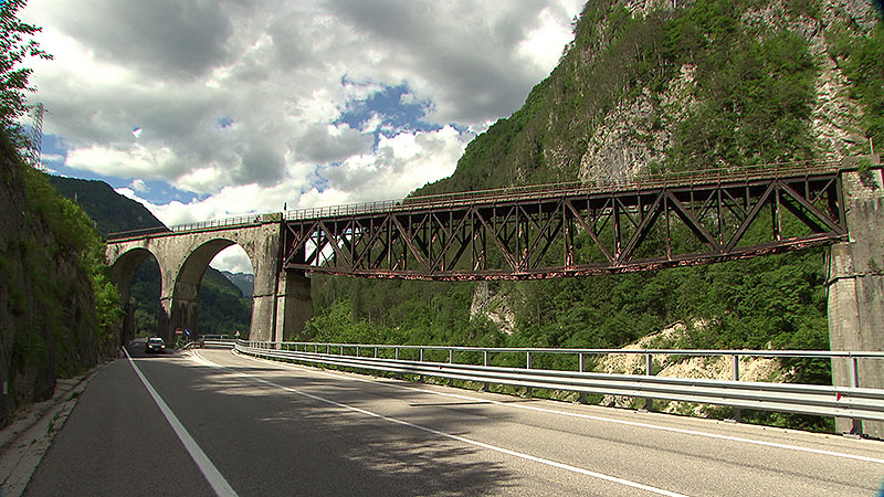 ÖBB Christoph Posch Zugfotografie Pontebbana Ponte di Muro Eisenbahnbrücke