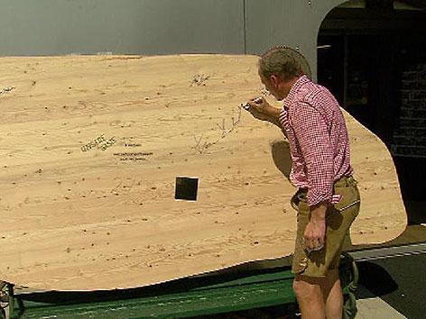 Schinken aus Holz