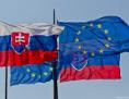 SK und EU Flaggen