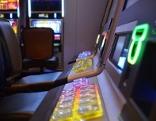 Spielautomaten, Spielsucht, Spielhalle, Automat