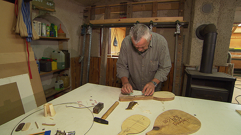 Paul Berlakovich in seiner Werkstatt