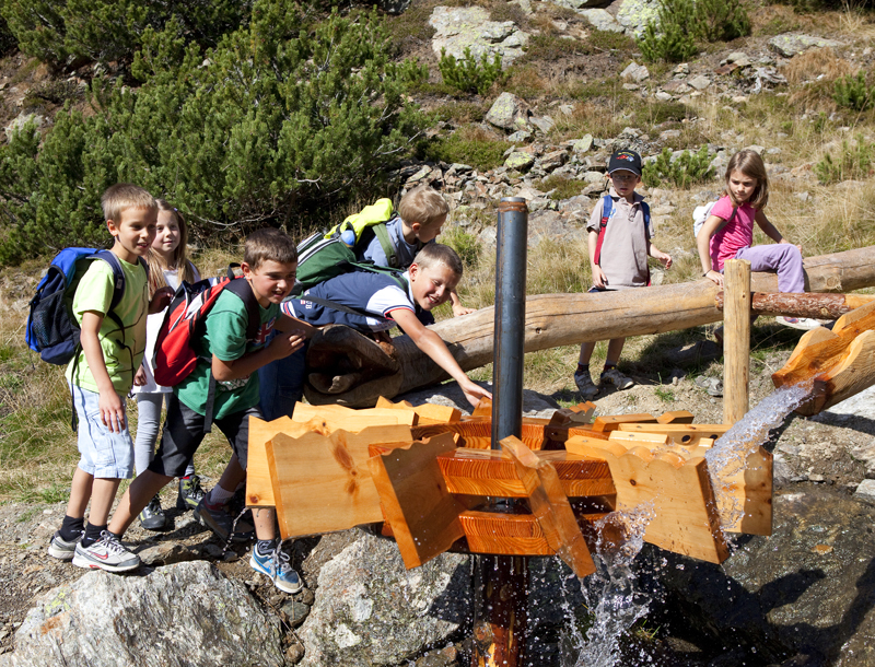 Kinder Wasser Sarntal
