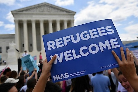 Demonstration vor dem U.S. Supreme Court in Washington wegen der Bestätigung zu Trumps Einreiseverbot
