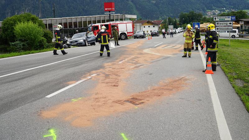 Tödlicher Motorradunfall Wiesing, Feuerwehr