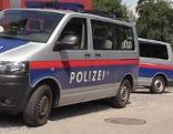Polizei-Mannschaftswagen