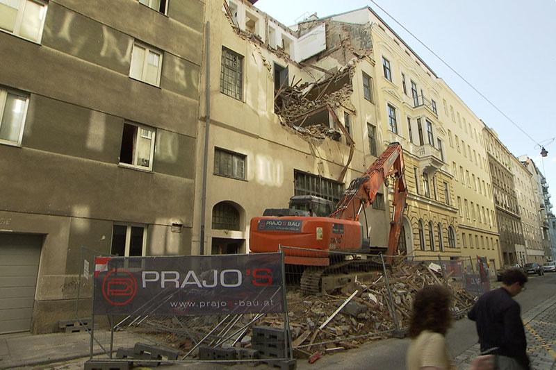 Abrissstopp: Baufirmen klagen über Verluste