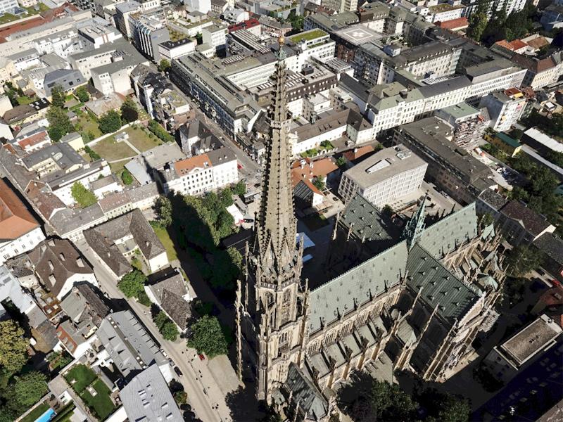 Mariendom Linz Kirche Kirchturm Vermessung Drohne