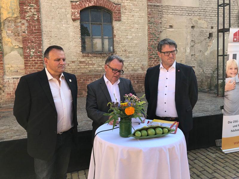Pressekonferenz in Bruckneudorf mit Hans Niessl und Alfred Kollar von der OSG und Bürgermeister Gerhard Dreiszker
