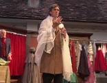 "Gerhard Kern als ""Moulineaux"" im Stück ""Der Damenschneider"" bei den Schloss-Spielen Reinthal"
