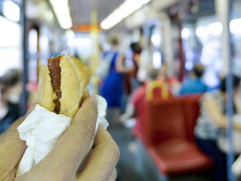 U6 Verbot Lebensmittel Leberkäsesemmel