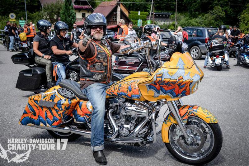 Motorradfahrer bei Harley-Davidson-Charity-Tour  2017