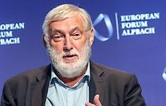 Franz Fischler (Präsident Europäisches Forum Alpbach) anlässlich des Beginnes der Seminarwoche zum Thema Diversity & Resilience