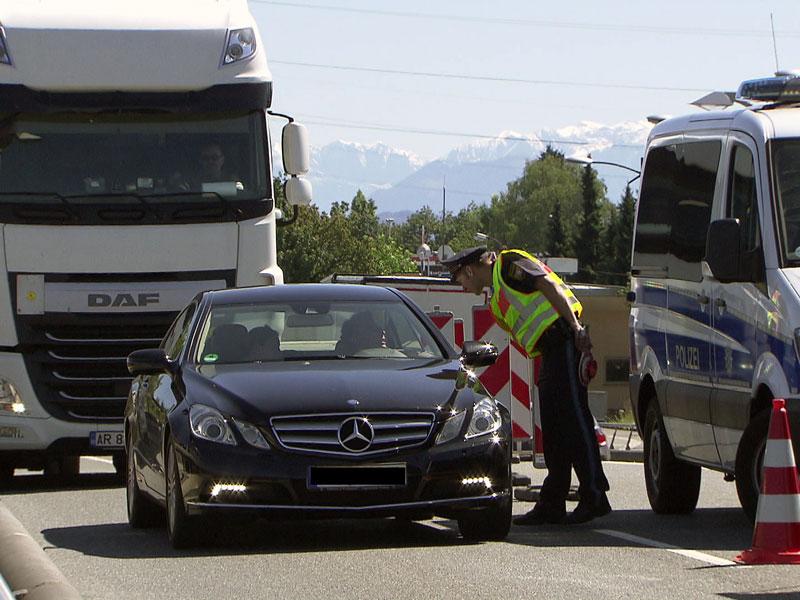 Stau Grenzkontrolle Freilassing