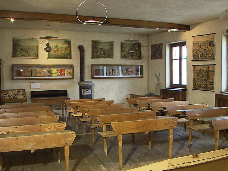 historischer Schulraum