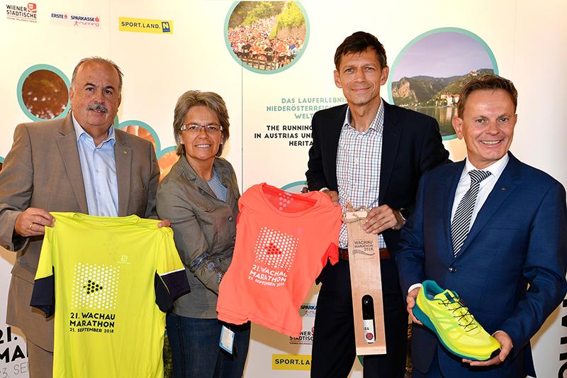 Paul Ambrozy, Sport-Landesrätin Petra Bohuslav, Veranstalter Michael Buchleitner und Franz Pruckner