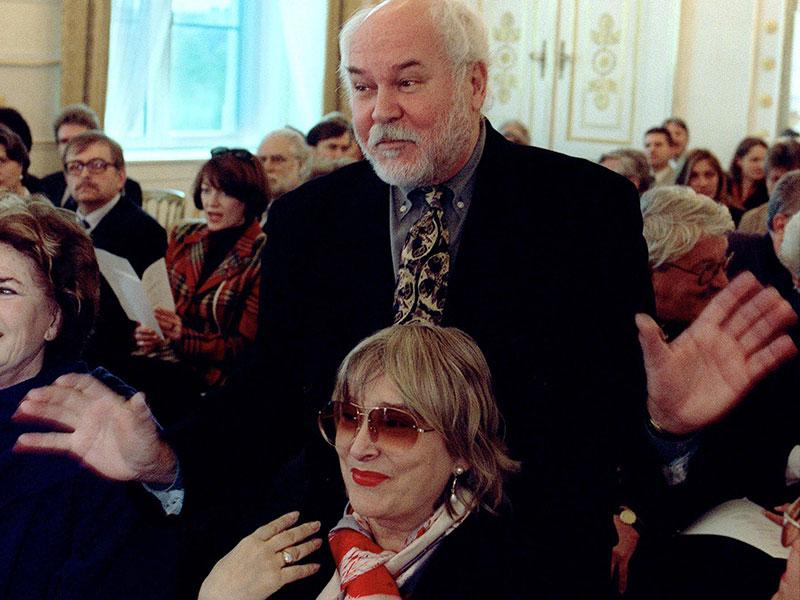 Adolf Frohner mit Volkstheater-Direktorin Emmy Werner, 1999
