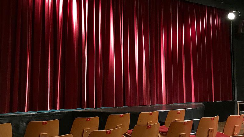 Kabarett-Bühne