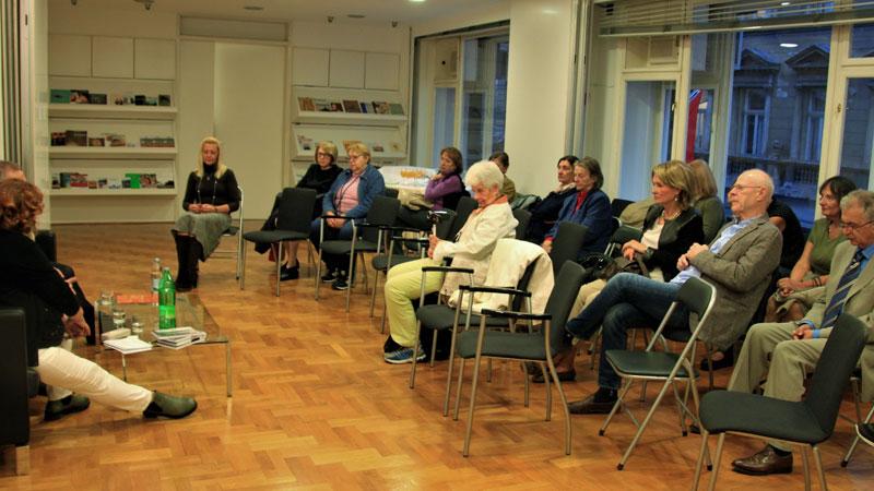 razgovor o romanu Edith Stein