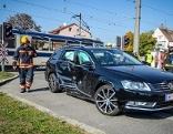 Unfall Badner Bahn Auto