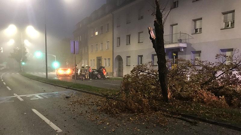 Unfall Klagenfurt Baum abgemäht