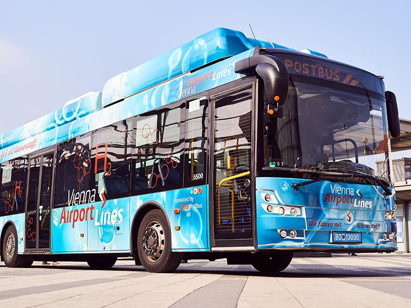 Im Bild: Der Wasserstoffbus auf einem undatierten Archivbild