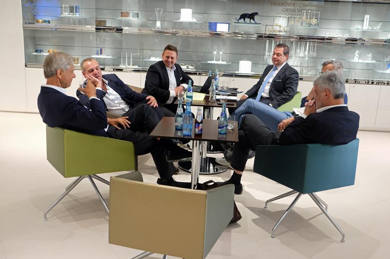 Experten diskutieren zum Thema Künstliche Intelligenz