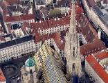 Wien von Oben. Im Bild Dach des Stephansdomes