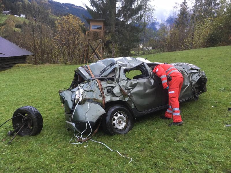 Tödlicher Fahrzeugabsturz in Kelchsau