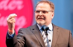 Willi Mernyi