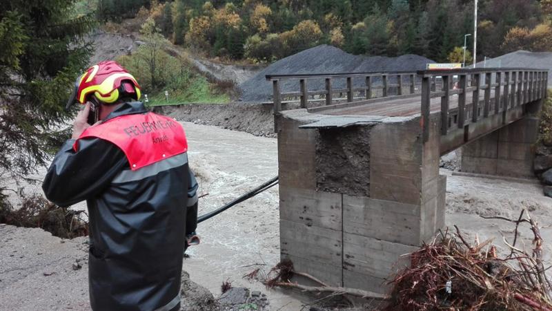 Weggeschwemmte Brücke bei Steinbruch Anras