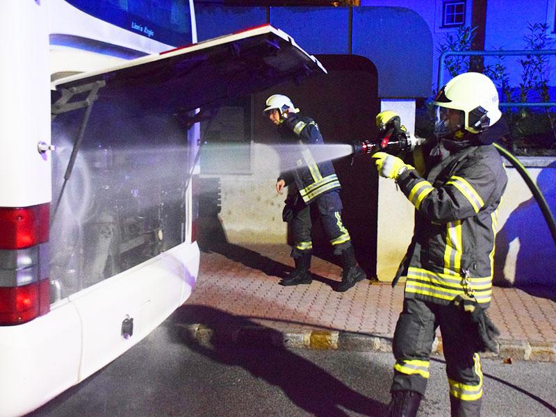 Bus Motor Brand Feuerwehr Steinbrunn