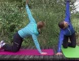 Doresia und Michael bei der Liegestütz-Übung im Fernsehgarten