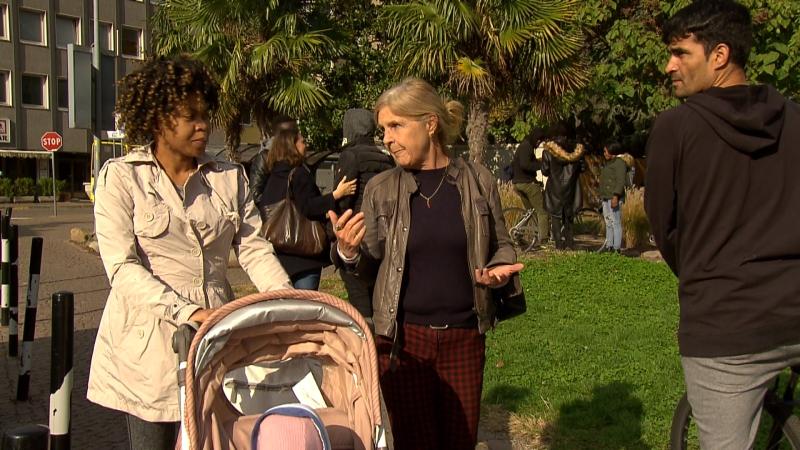 Renate Mumelter arbeitet als Freiwillige mit geflüchteten Frauen mit Kindern