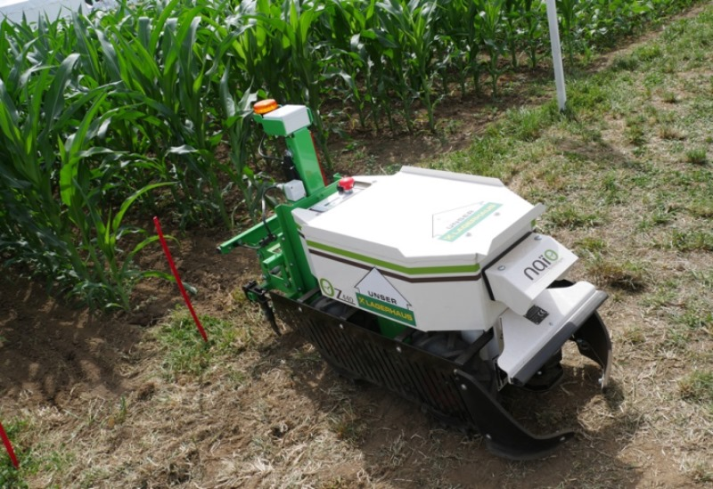 Unkrautroboter Smart Farming