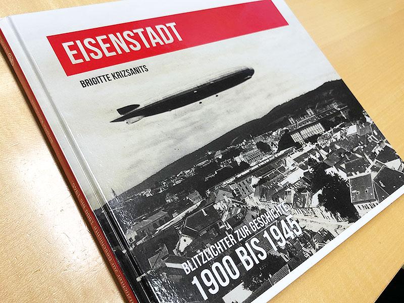 Der Zeppelin über Eisenstadt ziert das Cover des neuen Bildbandes