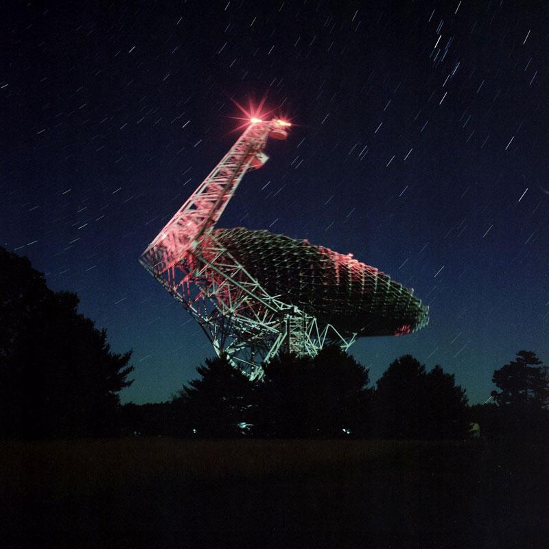 Green Bank Telescope) ist mit 100 × 110m Durchmesser das größte vollbewegliche Radioteleskop der Welt