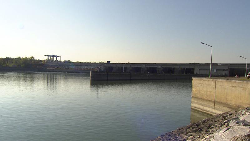 Donau Kraftwerk Altenwörth