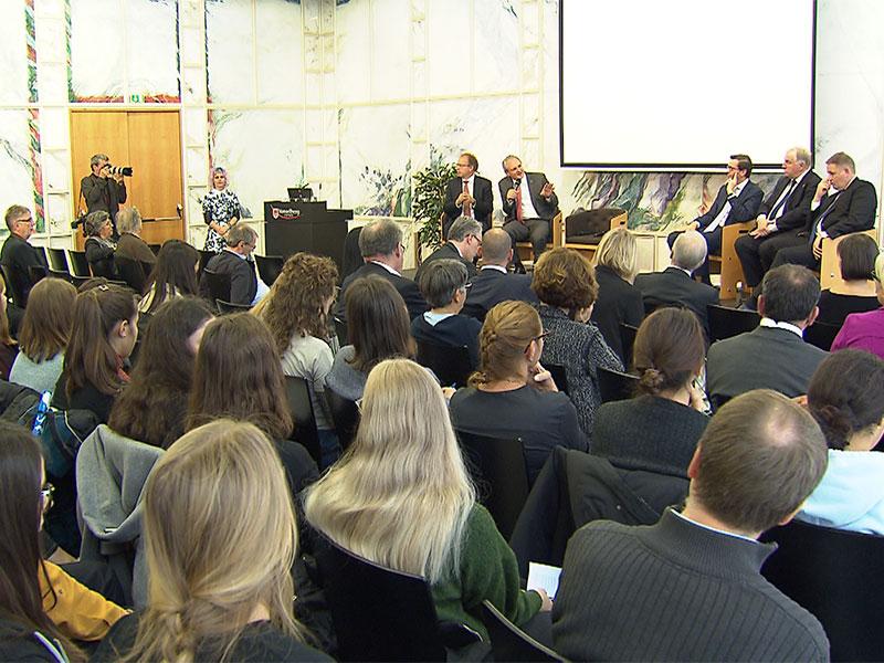 Landhaus innen: Konferenz