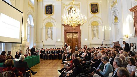 mátyás király konferencia bécs kaláka club
