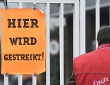 Warnstreik bei der Firma Collini in Wien