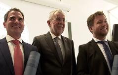 Bundespräsident van der Bellen Besuch Lob Promotion Sub auspiciis