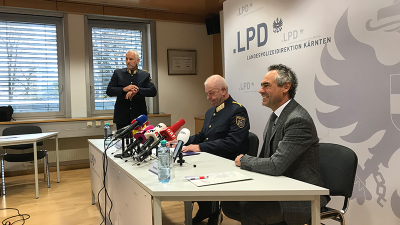 Mord Brandstiftung Umberg Sekte Frauen PK