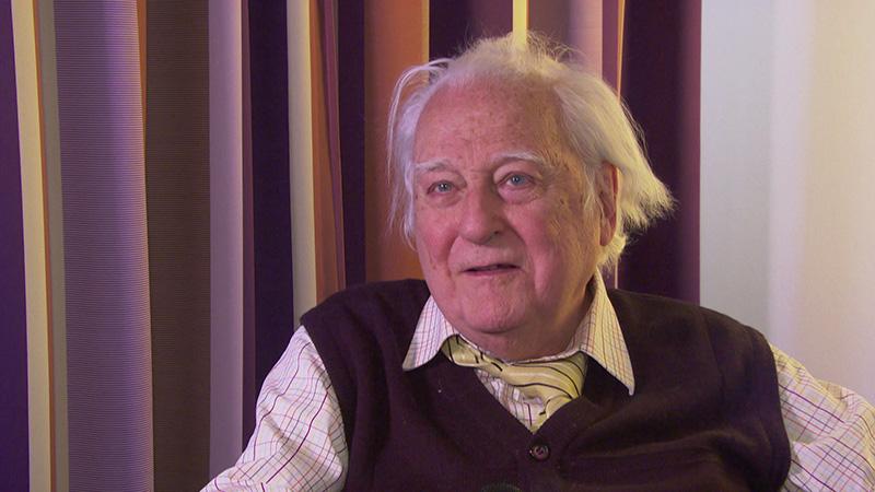 Jörg Demus im Gespräch und am Klavier