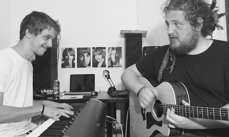 2 seedsleft Musiker