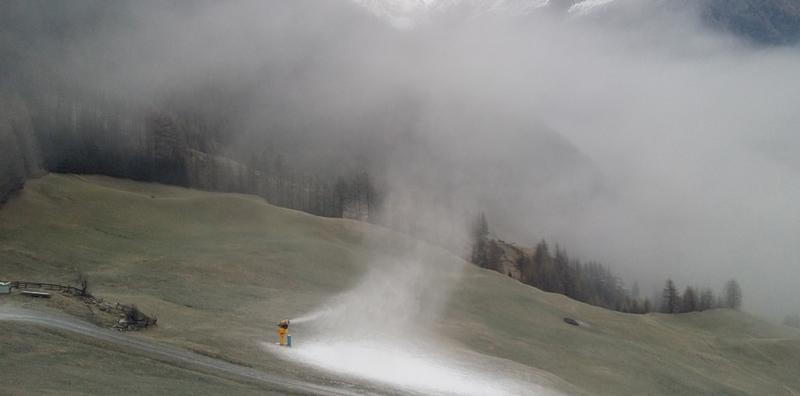 Tiroler forscht am Schnee der Zukunft