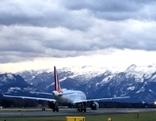 Airport Flughafen Sturm Salzburg Airport Flugverkehr Jet Flugzeug
