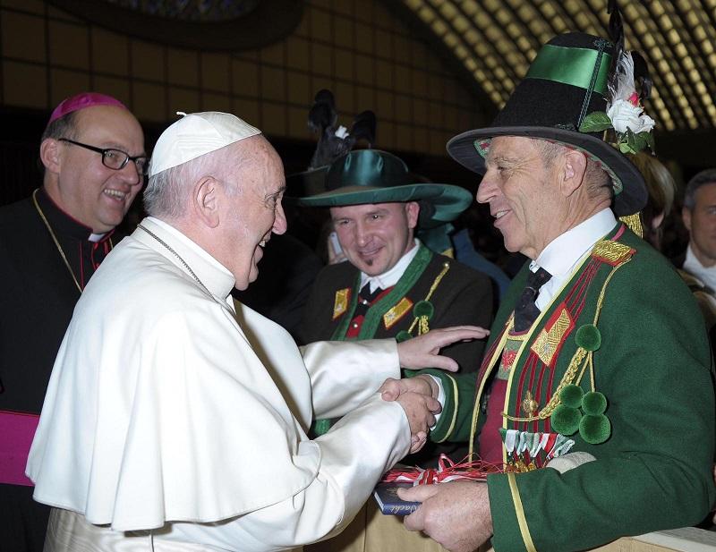Tiefentaler und Papst
