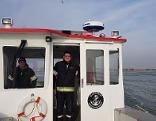 Ruster Feuewehrboot im Einsatz